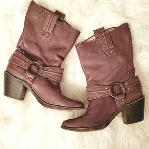 Frye Short Harness Leather Boots 7 Dark Brown